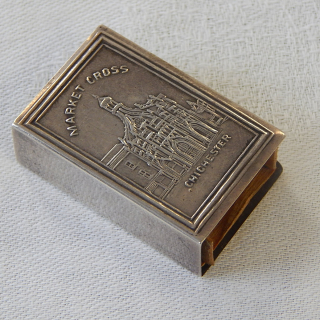 Chichester Silver match box cover . 1904