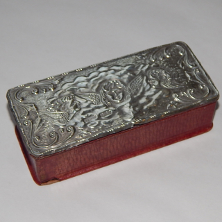 1906 Sterling Silver topped ANGEL box