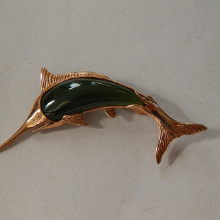 9ct Gold and Greenstone MARLIN Brooch