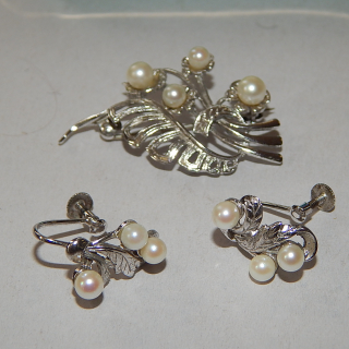 Sterling Silver Cultured Pearl brooch and earrings