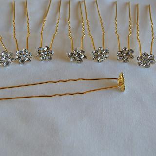 8 gold plated little hair pins
