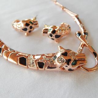 Rose Gold Plated Leopard Necklace set
