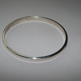 Sterling Silver NEW Flat edge Bangle
