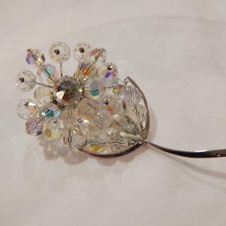 1960's Crystal Flower brooch
