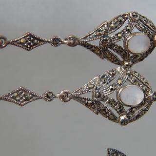 Fine drop Silver art Deco earrings