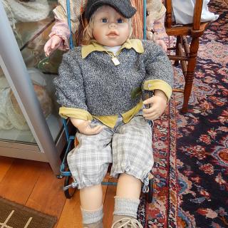 ASHTON DRAKE  WALTRAUD HANL Boy Doll