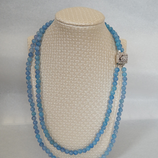Double string of AQUAMARINE beads