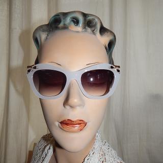 White retro Sun Glasses
