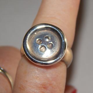 MVB Sterling Silver Button Ring