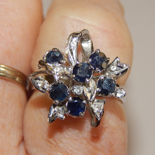 Sterling Silver and Sapphire Pre Loved Ring