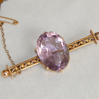 Antique Amethyst and 9ct Gold bar brooch.