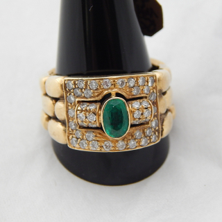 18ct GOLD Emerald and Diamond LargeRing. Valued $6895