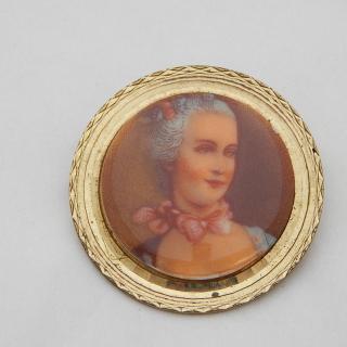 Porcelain fronted Vintage brooch