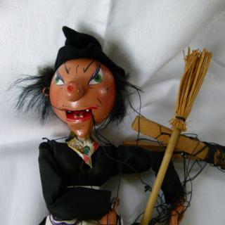 WITCH PELHAM Puppet