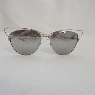 Metal rimmed Mirrored Sunglasses