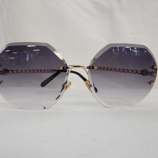 Hexagonal Sunglasses with gold link arms