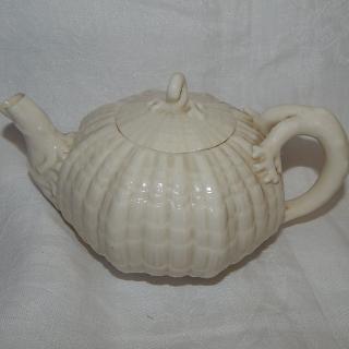 1891-1926 Black mark Belleek teapot