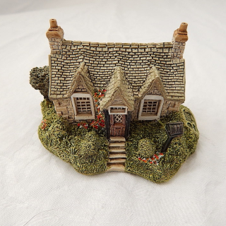 Lilliput Lane Carrick House